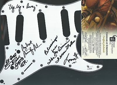 AUTOGRAPHED SIGNED PICKGUARD : The Fifth Dimension by Group Authenticated w/COA