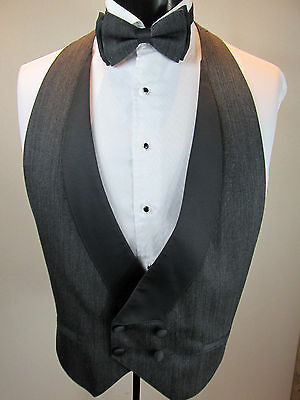 Mens Formal Vest Grey Shawl Lapel Double Breasted Matching Tie Size Small B7