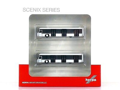 Herpa Wings Airport acc: Airport bus set (two pcs.) 1:200 (556071)