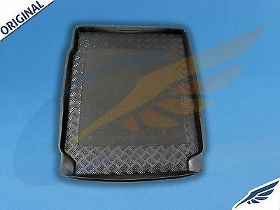 BMW 5-series (F10) Saloon 2010-onwards BOOT MAT ANTI SLIP