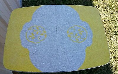 Vintage Chrome Cracked Ice & Yellow Top Formica Retro Dining Kitchen Table