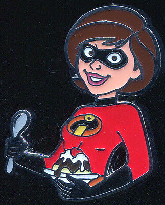 DSSH Pin Trader's Delight Mrs Incredible LE 500 Disney Pin 104890