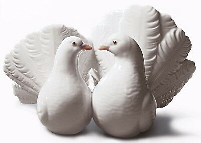 Lladro Porcelain Couple of Doves Birds Figure Figurine Ornament 01001169 New