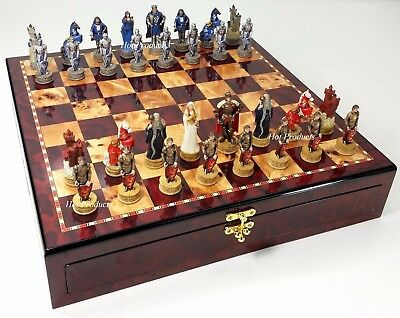 MEDIEVAL TIMES Crusades KING ARTHUR CAMELOT Chess Set Cherry Color STORAGE BOARD