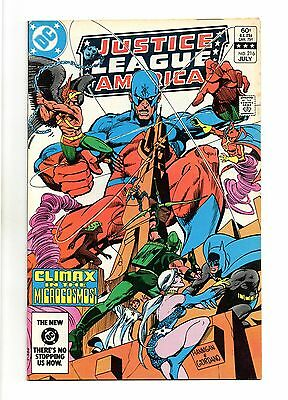 Justice League of America Vol 1 No 216 Jul 1983 (VFN+) Modern Age (1980 - Now)