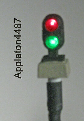 HO Scale Custom Lighted & Painted Life-Like 2 Light Green & Red Dwarf Signal