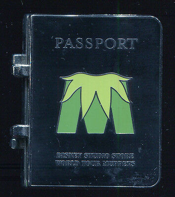 DSSH Muppets Most Wanted Passport Kermit the Frog LE 400 Disney Pin 100507