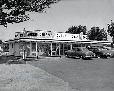 DAIRY QUEEN ICE CREAM AND COZY DOG DRIVE-IN VINTAGE PHOTO 1950S 8x10 #20205