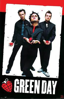 ORIGINAL 2004 GREEN DAY POSTER AMERICAN IDIOT RED HEART HAND GRENADE NEW 22x34