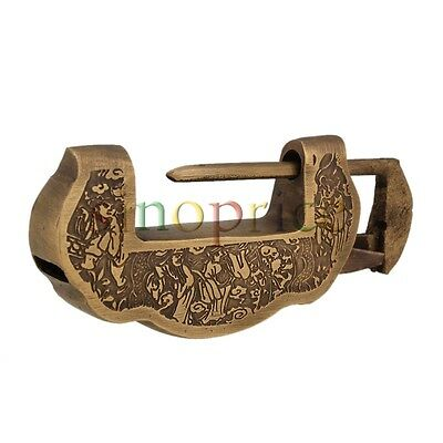 Chinese Old Style Copper Carved Horizontal Padlock Lock with Key Collectible