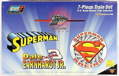 1:64 Scale Revell Superman Racing 7-Piece Diecast Train Set 1V