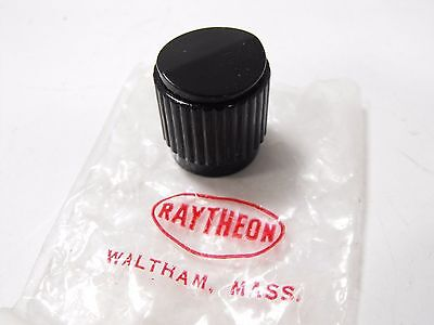 "(1) Raytheon Knob 1"" Long 1/4"" Shaft Heavy-Duty Black Finish (VINTAGE NOS)"