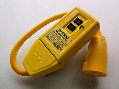 HUBBELL WIRING DEVICE-KELLEMS GFP1C Plug-in GFCI 15A 120VAC 1 ft Yellow (A19)