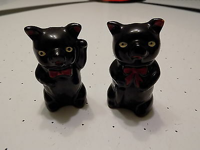 """""""Black Pigs"""" Japan Salt and Peppers!  Vintage!  Nice!  3""""!  Collectible!"""