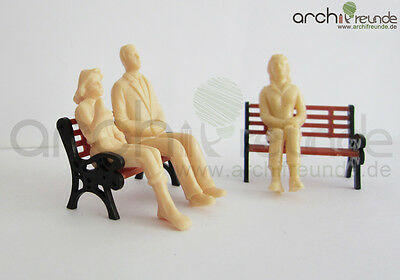 8 x Model Figurines sitting unpainted,for diecast 1:25 LGB G Gauge,without Bank