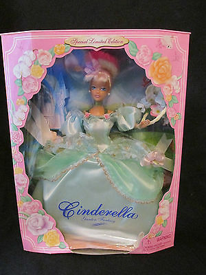 Brand New In Box Disney Cinderella Garden Fantasy Barbie Doll Jakks Pacific