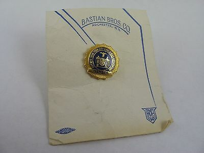 Beautiful Vintage Bastion Brother New York NYC City Employees Assn. Member Pin