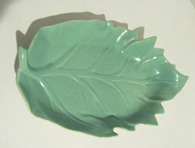 Catalina Art Pottery GMB Gladding McBean Franciscan Leaf Tray Mint Green