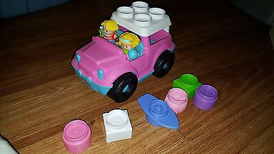 Pink Jeep Fisher Price Little People Mattel 2010 With 2  Figures beach girl