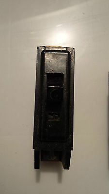 Taylor Electric / Crouse Hinds 15A circuit breaker CGQ15 CGHQ15 15 Amp 1 pole