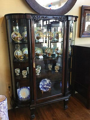 1909 Oak China Cabinet With Original Glass And Wooden Shelves