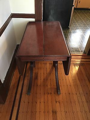 VINTAGE  Duncan Phyfe Drop Leaf Table