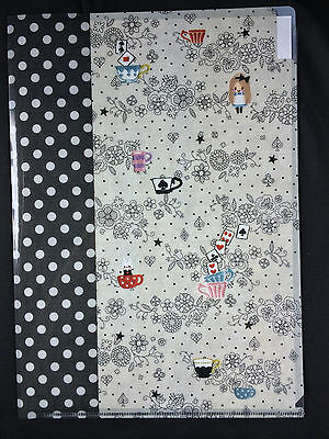 New Made in Japan Alice in Wonderland and rabbit 3 compartments A4 file