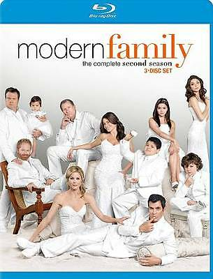 Modern Family: The Complete Second Seaso Blu-ray
