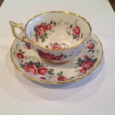 Royal Chelsea Bone China Made in England Stunning Rose Bouquet Cup Saucer
