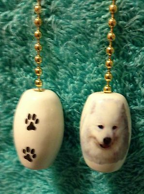 One Samoyed Dog Fan Pull With Paw Prints On The Back 1""
