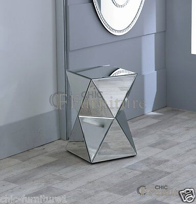 New Chic Furniture Small Diamond Mirrored Glass Twisted Pedestal