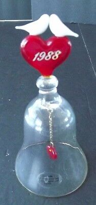 Bell, A beautiful hand-blown 24% full lead crystal bell trimmed with 24k gold;