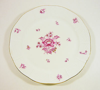 Herend, Raspberry Chinese Nanking Bouquet Dinner Plate, Handpainted Porcelain !