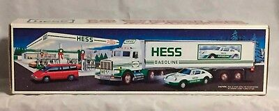 Hess 18 Wheeler and Racer 1992