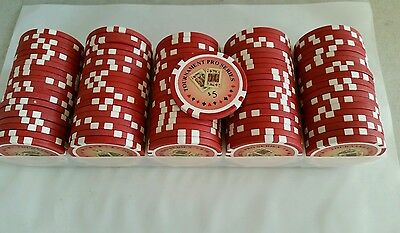 100 chips  5.00 value each Puerto Rico   CASINO CHIPS