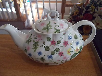 ROSINA-Queens Country Meadow Teapot