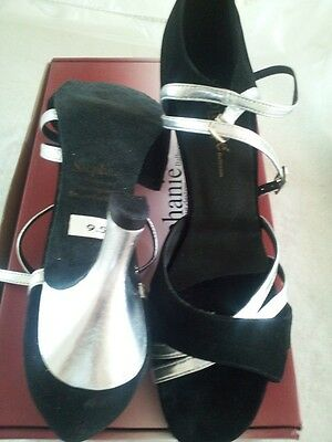 Silver Leather/Blk Suede Ballroom Straps by Stephanie (12014-46).  Size 9.5M