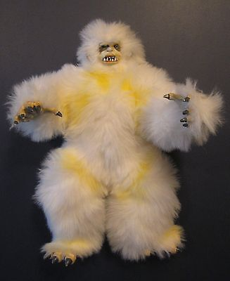 "STAR WARS COLLECTOR SERIES 1997 KENNER 13"" WAMPA Plush Snow Creature"