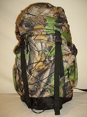BACKPACK DAYPACK Hiking Hunting high quality  CHEAP GREAT VALUE sell out !! $28
