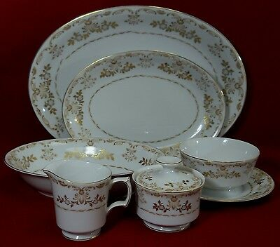 HARMONY HOUSE china CLASSIQUE GOLD 3672 pattern 7-piece Hostess Set