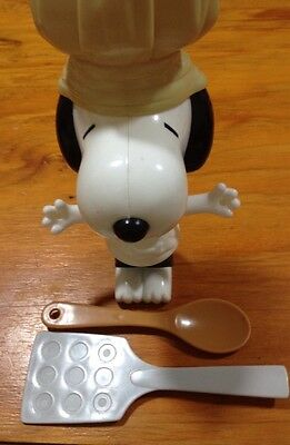 Chef Snoopy - 2002 McDonald's Happy Meal character toy