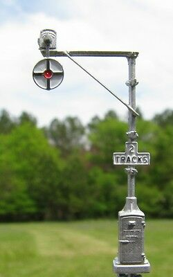 N Scale Magnetic Flagman Wigwag Signal kit by Century Foundry (518)