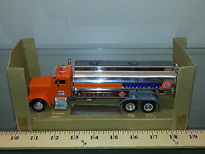 1/34 Union 76 Duel Semi Tanker Trailer Lights And Sound Orange And Chrome