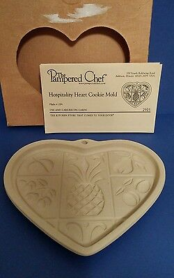 The Pampered Chef Hospitality Heart Cookie Mold Heritage Stoneware