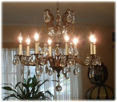 Fantastic Antique Bronze Crown Chandelier With 8 Light And Crystals