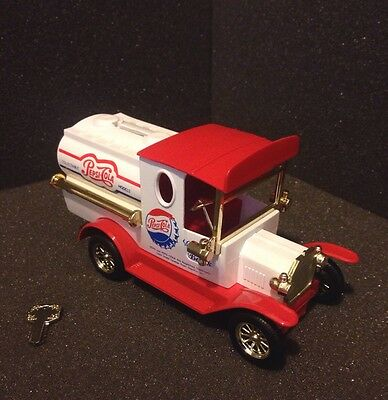 Vintage Style Die-cast Collectible Pepsi Cola Delivery Truck car Coin Bank