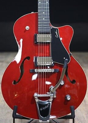 Godin 5th Avenue Uptown GT & Case - Trans Red Archtop Semi Acoustic B-Stock