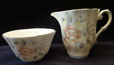 Royal Grafton Beautiful Peach Rose Floral Creamer & Sugar Set