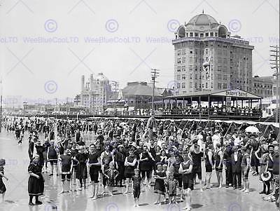 Atlantic City New Jersey Bathers Vintage Old Bw Photo Print Poster Art 073Bw