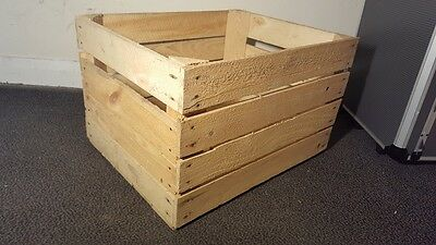 Light Natural Vintage Wooden Apple Fruit Crate Rustic Old Bushel Box Hamper...